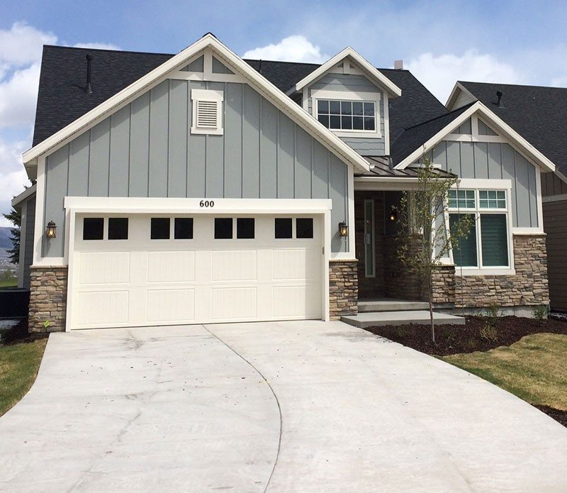 Exterior Siding Design: Horizontal & Vertical Vinyl Siding
